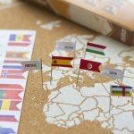 mapamundi corcho banderas