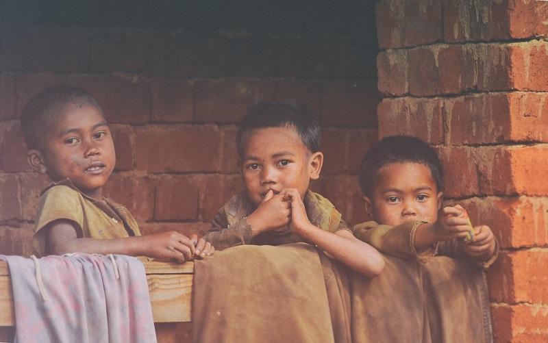 pobreza infantil paises de africa