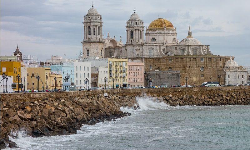cadiz ciudad europea mas antigua curiosidad españa